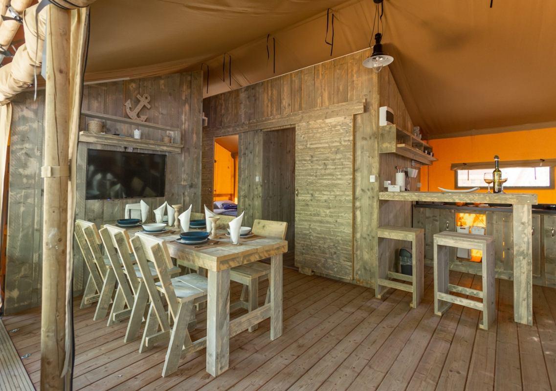 Luxury lodge